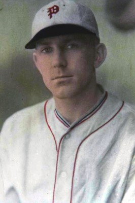 Dick_Bartell_(1931_Phillies)_4